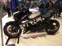 k-P1000097